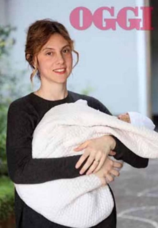 Marianna Madia, ministro e neo-mamma: su Oggi le prime foto con la bimba