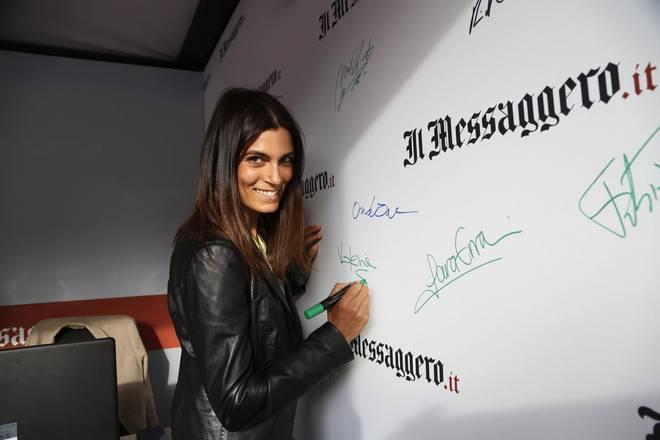 Valeria Solarino allo stand del Messaggero: «Pessima tennista, tifosa accanita»