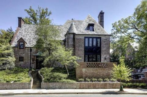 Obama e famiglia, ecco la villa dove viranno ora: vicina alla Casa Bianca, 22mila dollari al mese